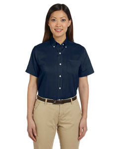 Navy Women's Short-Sleeve Wrinkle-Resistant Oxford