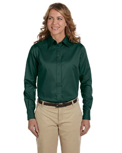 Hunter Women's Long-Sleeve Twill Shirt with Stain-Release